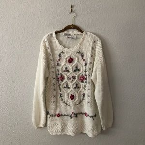 Vintage Cottage Core White Floral Sweater Chunky